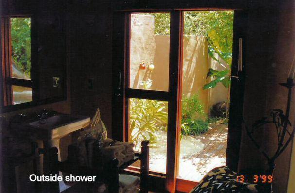 2j outside shower from bathroom