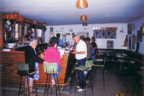2v Fishing Club bar