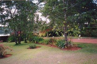 b-pete's garden-dec 99