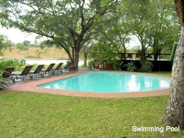 b3 swimming pool