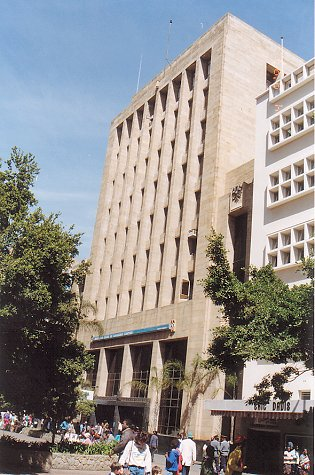 d-barclays bank first street-aug 93