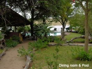 j5 dining room and pool