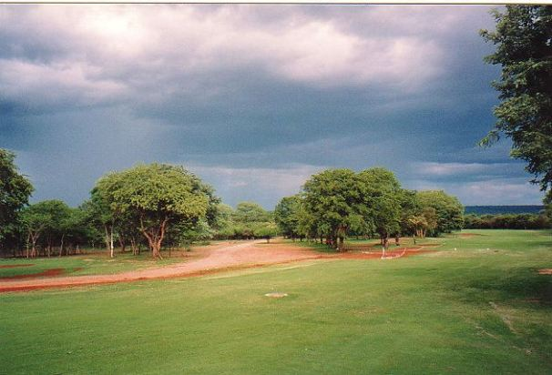 c-elephant hills golf club-jan 2000