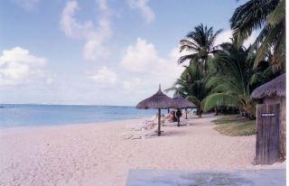 h4 hotel beach