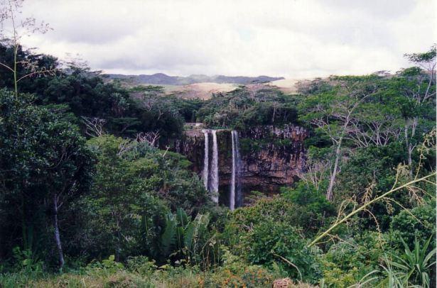j7 waterfall