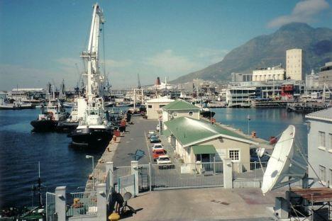 c2 Mailboat