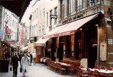 b1-restaurant strip-Nov 1989