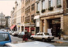 b4-Hotel opposite-Nov 1989