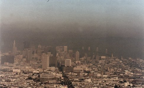 b5-smog over SF-jan 89