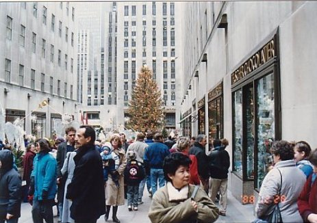 c2-Rockerfeller Centre-dec 88