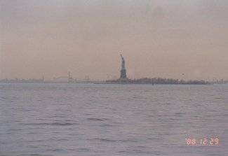 d1-Statue of Liberty Ferry-dec 88