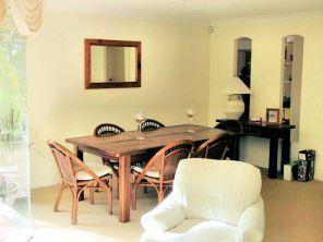DSC00599 Dining room E