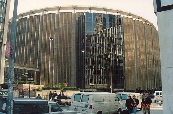 f6-Madison Square Garden-dec 88