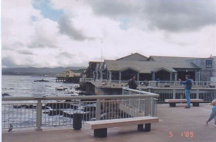 g6-monterey aquarium precinct-jan 89