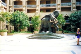 b7 Elephant Courtyard