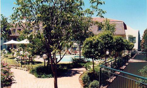 Image29c-Pool Balalaika