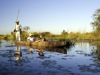 okavango-delta-mokoro-2