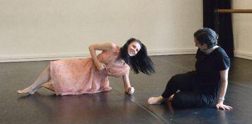 Natalia Osipova and Meryl Tankard in rehearsal for 'Two Feet'