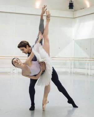 Natalia Osipova and Reece Clarke ©️ Andre Uspenski